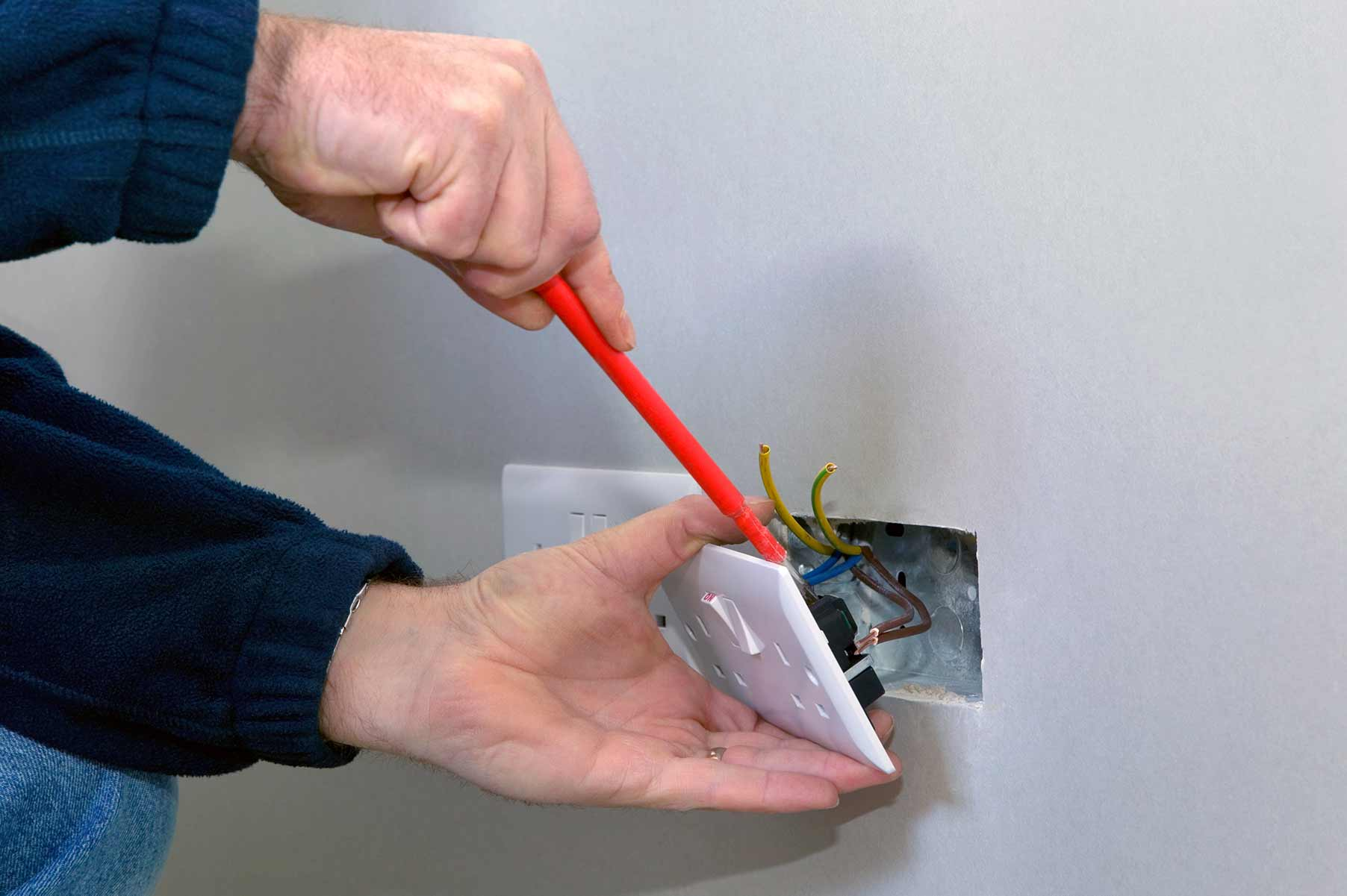 Our electricians can install plug sockets for domestic and commercial proeprties in Barnes and the local area.